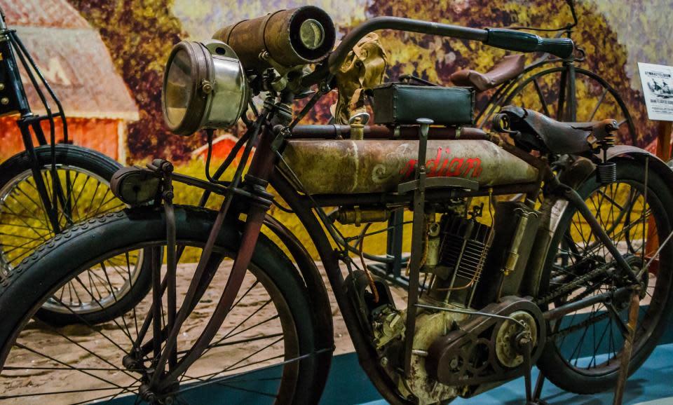 Glenn Curtiss Bike courtesy Kenin Bassart