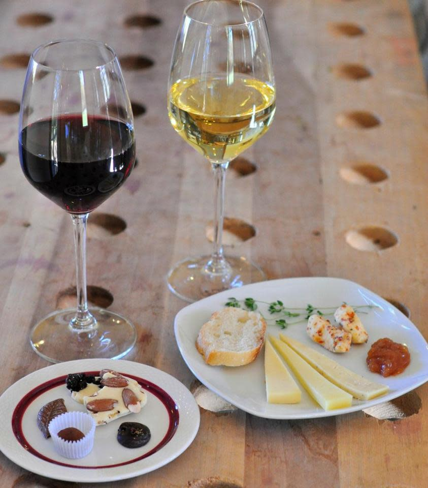 Wine and cheese courtesy of Ravines Wine Cellars