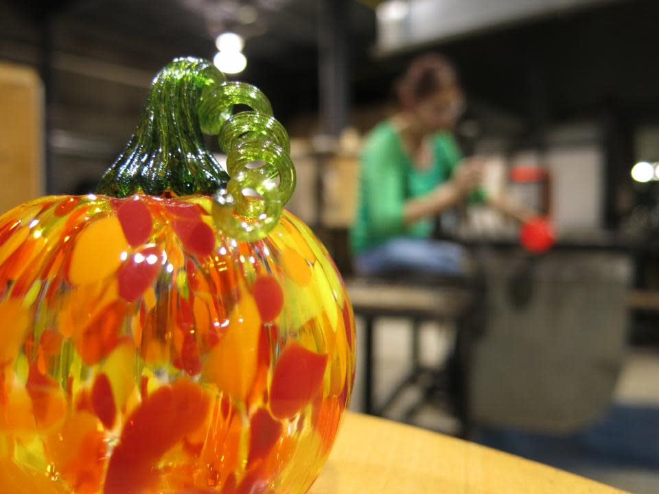 Hands-on Glass Studio Glass Pumpkins