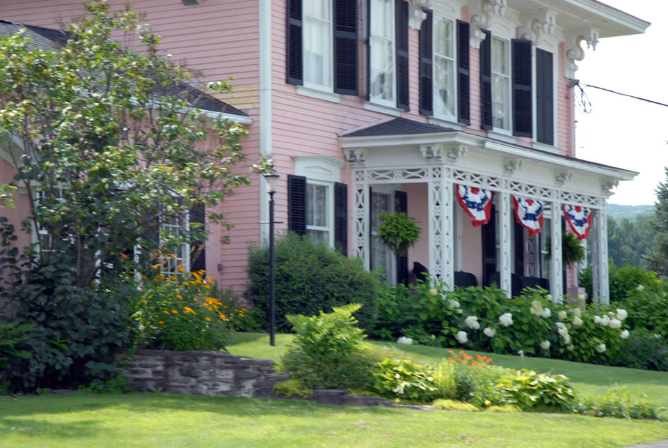Pleasant Valley Inn & Restaurant