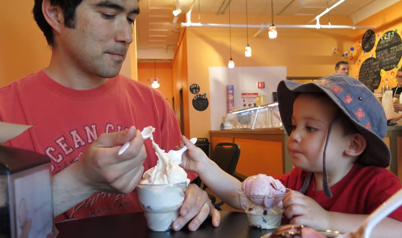 Daddy's ice cream is even better at Dippity Do Dah's