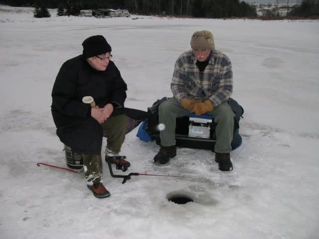 Robin and Randy ice fishing