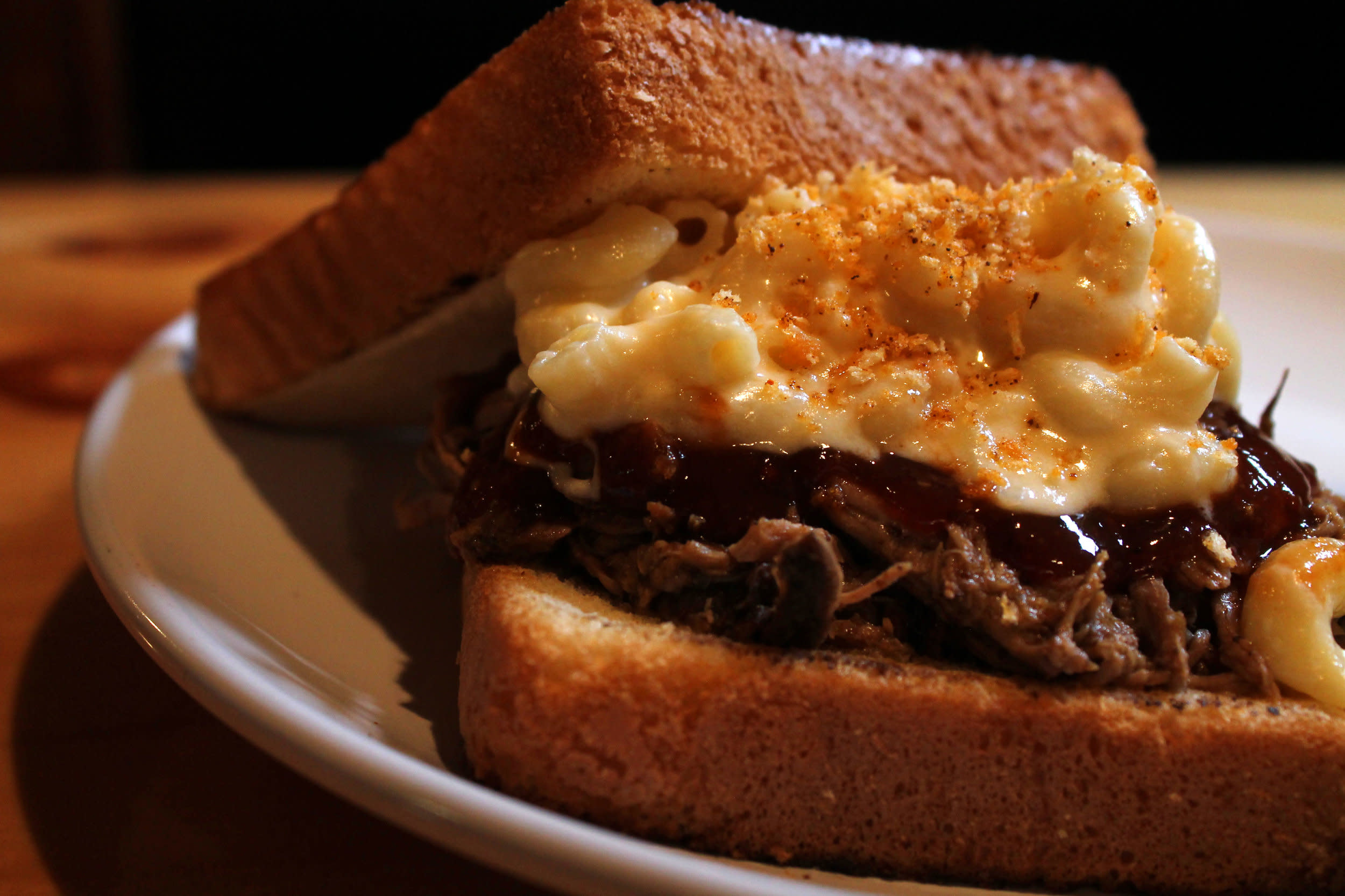 pulled+pork+mac+and+cheese+edit