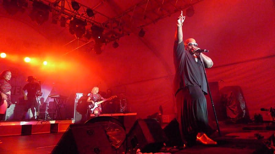 Guam Live 02