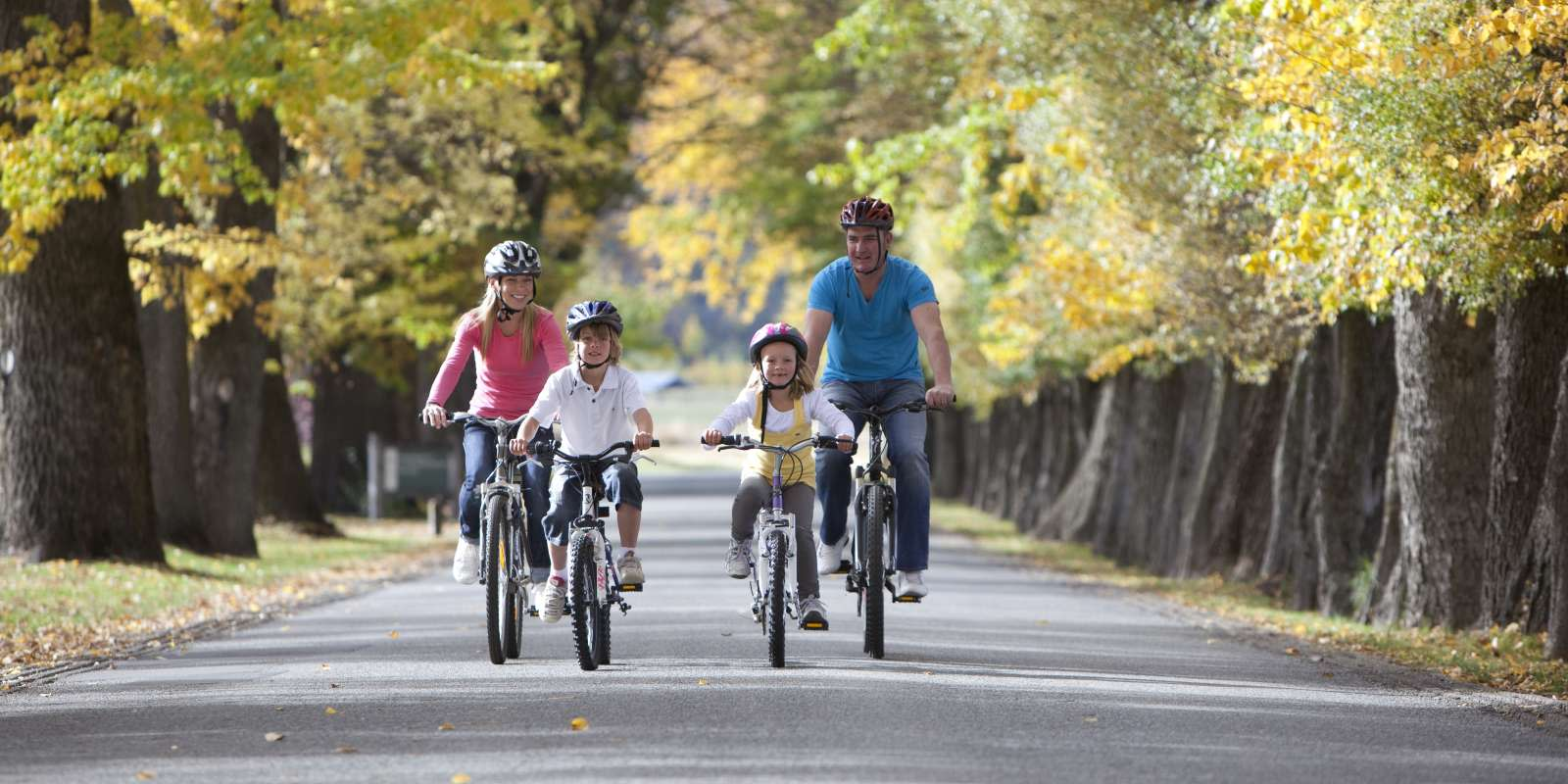 Family Biking Millbrook Arrowtown