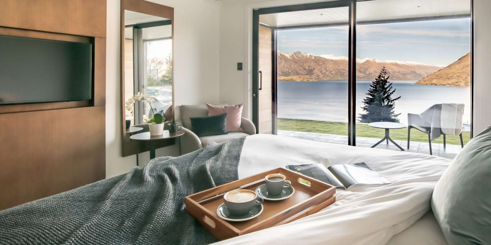 Double room at Kamana Lakehouse with lake and mountain views