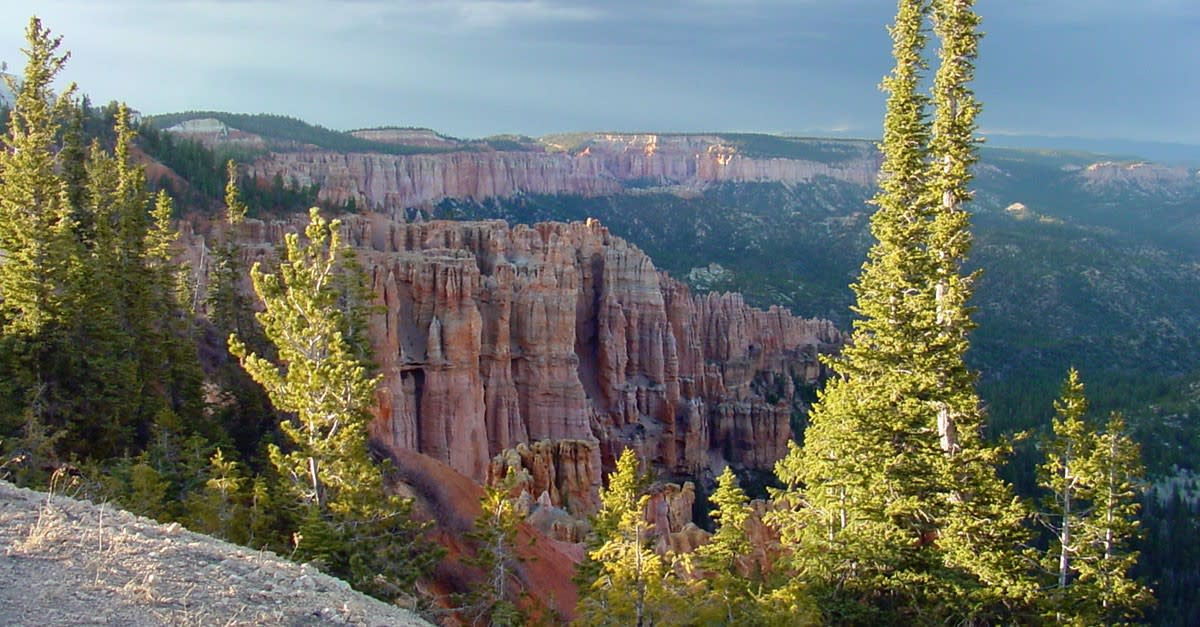 bryce canyon views on eastern rim