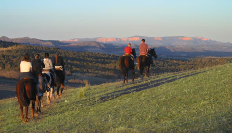 Horseback Riding - Bryce Canyon Region