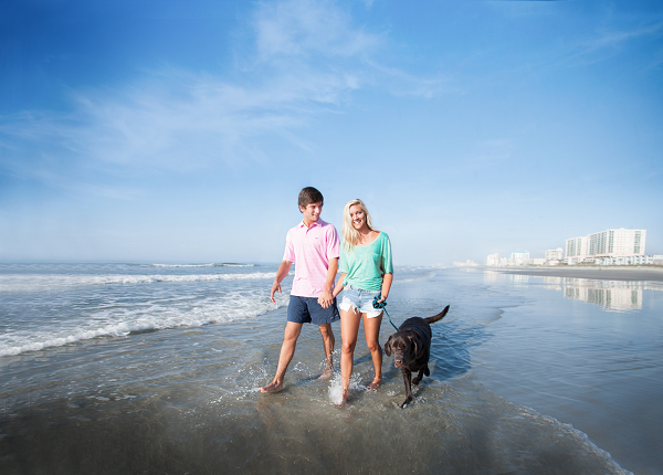 Plan a fall beach vacation with your significant other.