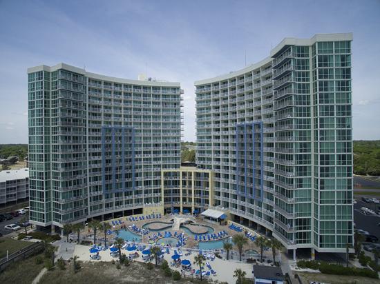 Stay at Avista Resort located near Main Street in North Myrtle Beach