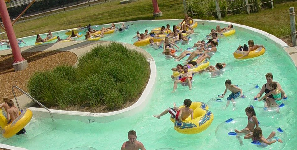 Busy Lazy River GOOD