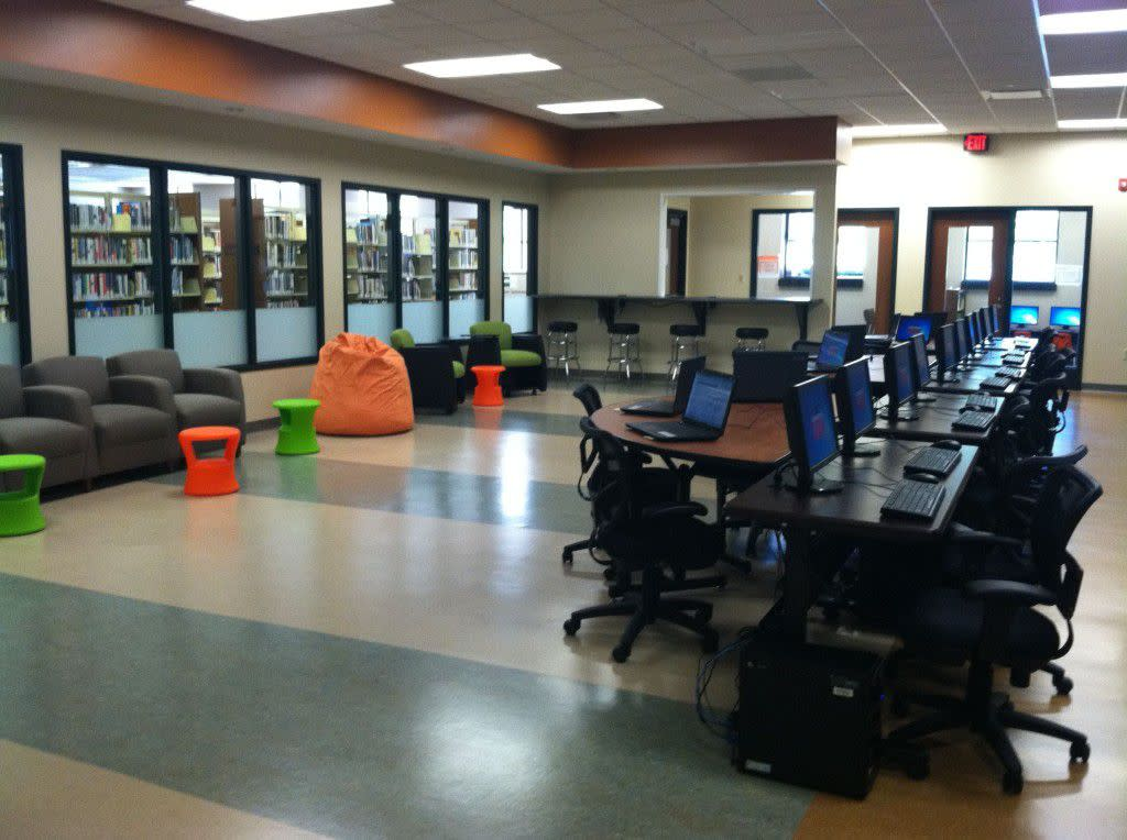Portal Computer Lab