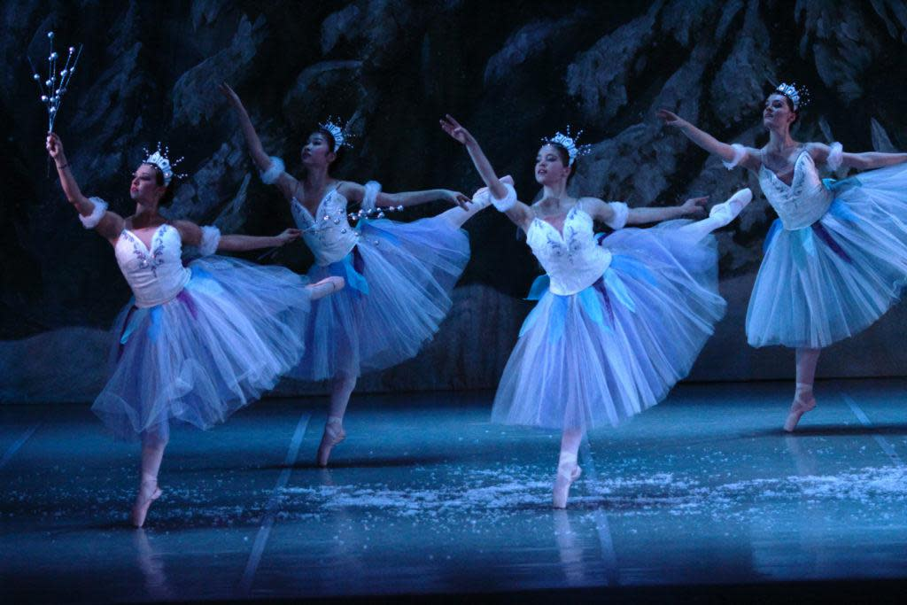 nutcracker-snow2014a