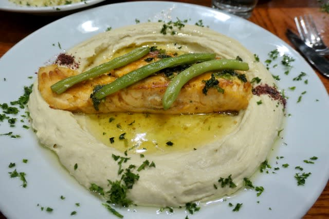Hummus-with-Salmon