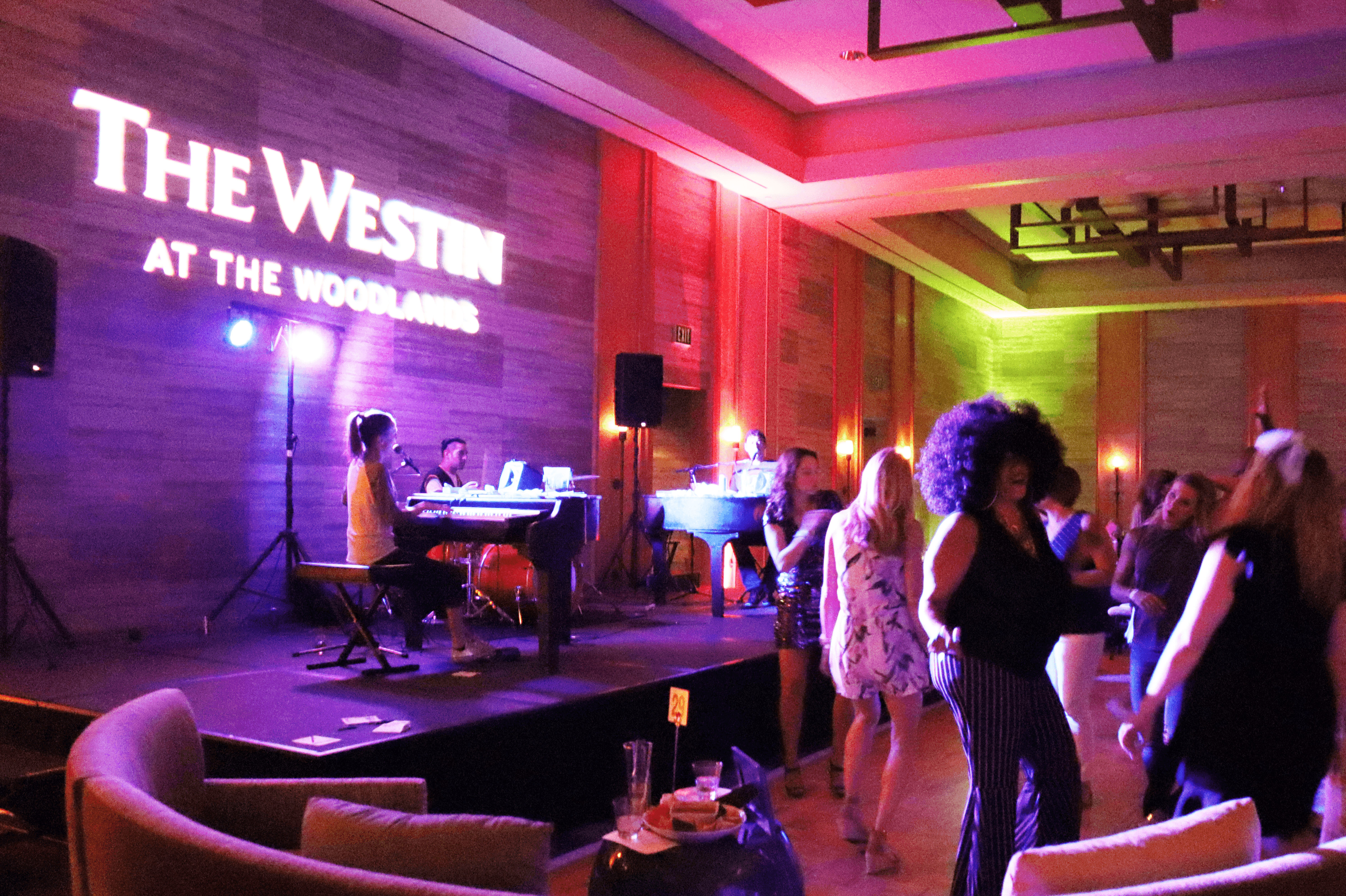The Westin - Howl2Go Dueling Pianos