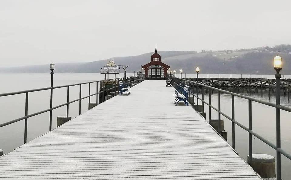 winter-pier.jpg