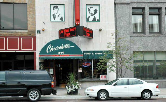 Churchill's Food and Spirits, Flint, Michigan