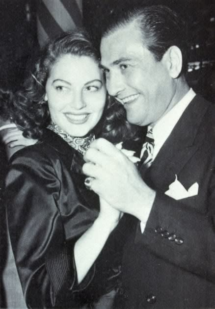 Ava-Gardner-and-second-husband-Artie-Shaw dance