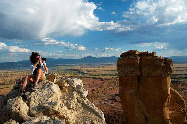 The sky's the limit when you shoot in Southwestern surroundings.