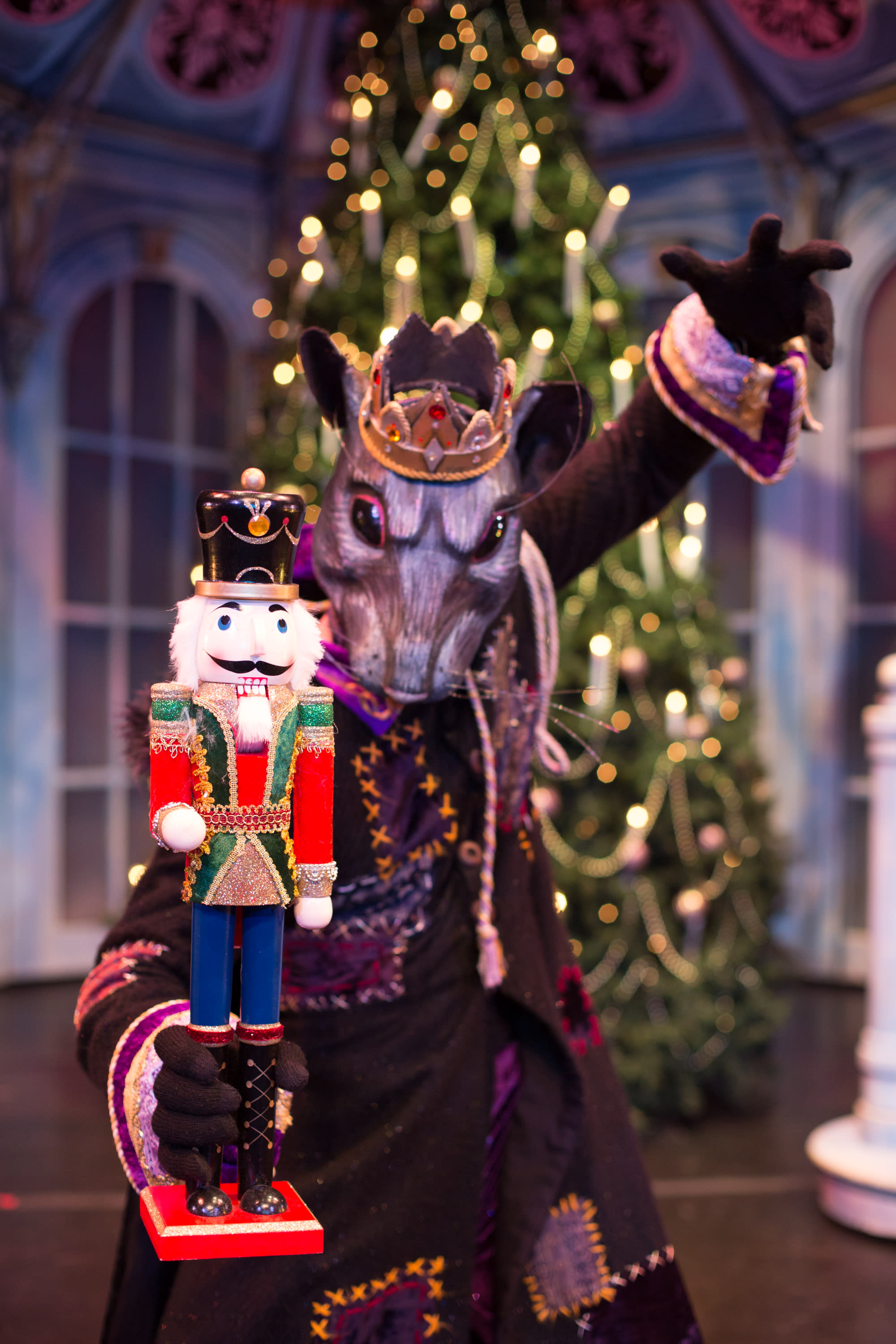 The King of the Rats — or as we might call him in Santa Fe, El Rey de Ratons — will never defeat the Brave Nutcracker
