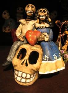 skull, art, santa fe, new mexico, shopping, gift, holiday, heart, day of the dead, sugar skull