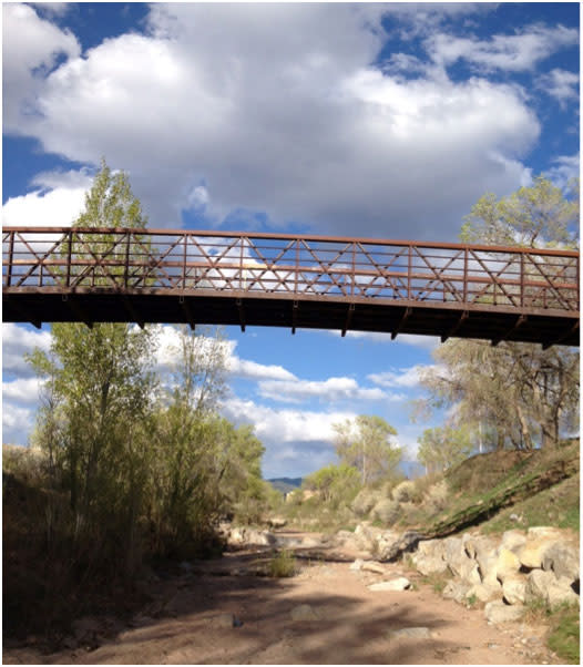 Bridge the time between winter and summer with a spring getaway in Santa Fe!
