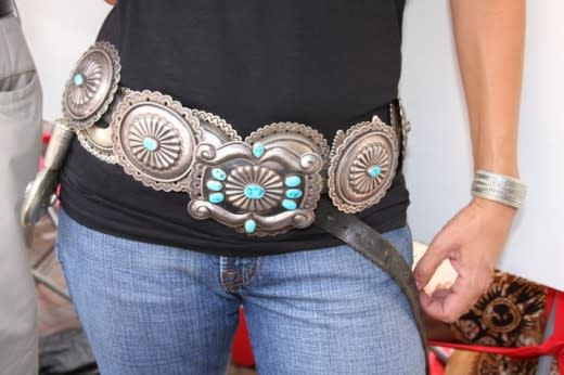 Why not overlay two concha belts? (Courtesy of crazyhorsesilver.com)