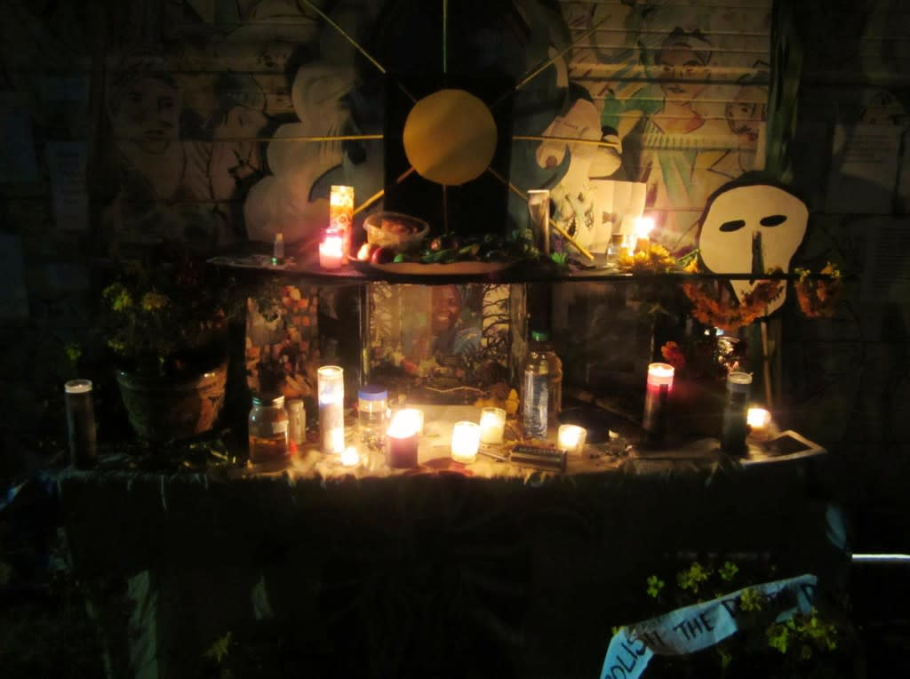 The Day of the Dead altars at El Museo are creative and inspiring.