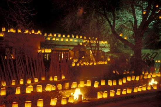 Many homes pull out all the stops for farolito displays. Photo: Tourism Santa Fe