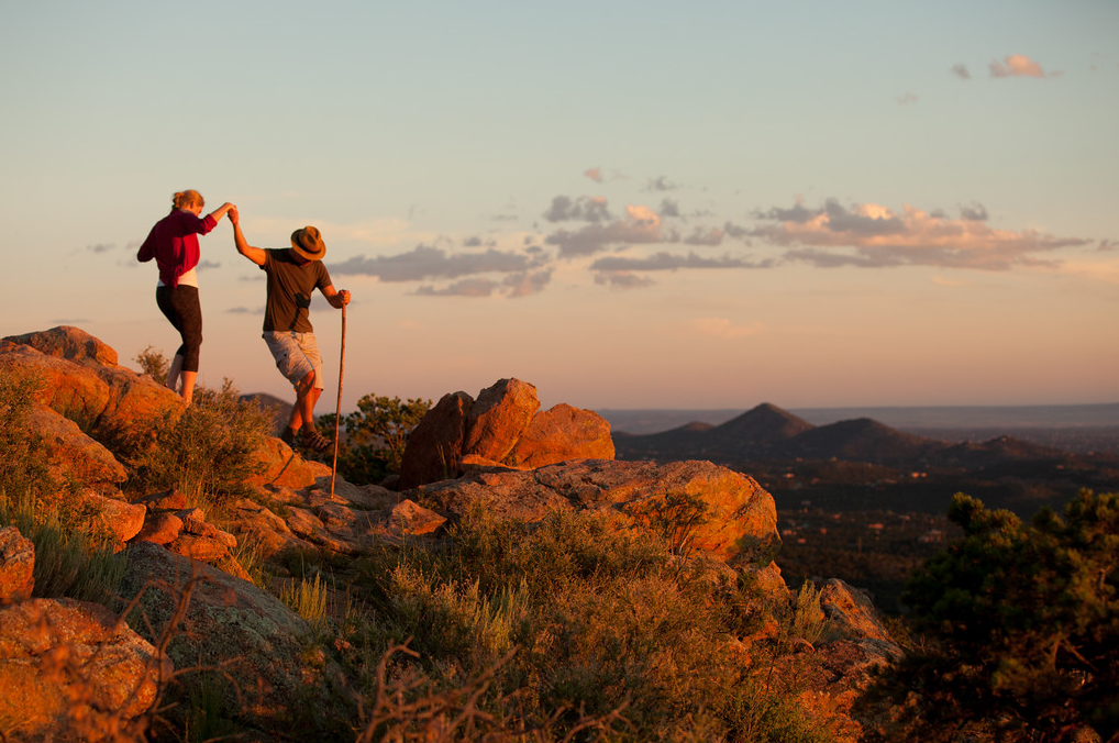 Hike with your loved one, reach the top and you're in paradise. (Photo courtesy of TOURISM Santa Fe)