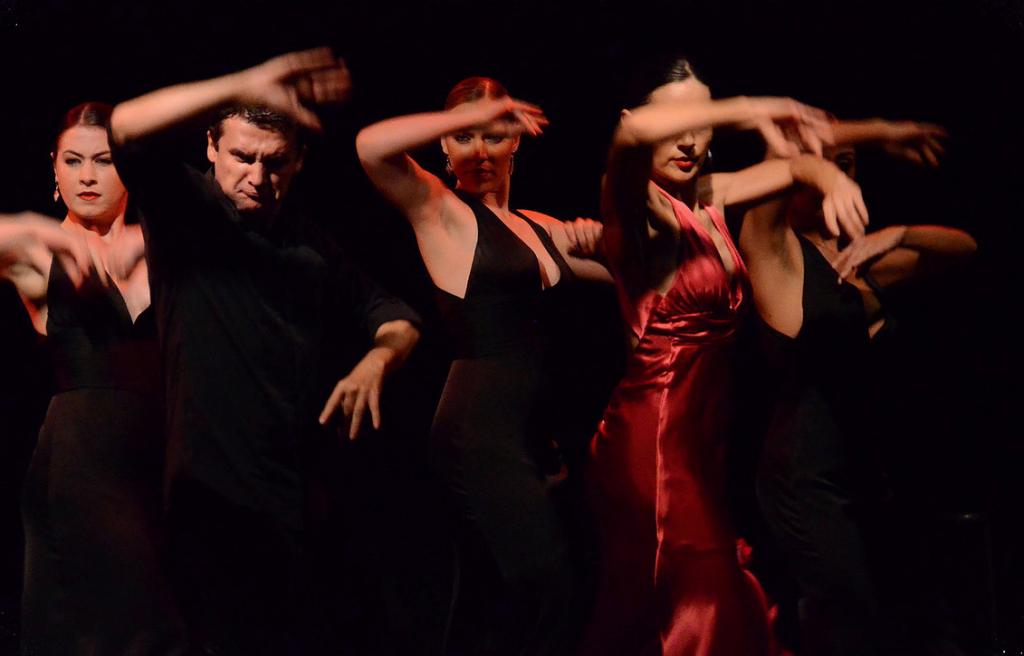 Entre Flamenco dancers heat up the Maria Benitez Caberet Theater. (Photo courtesy of Entre Flamenco)