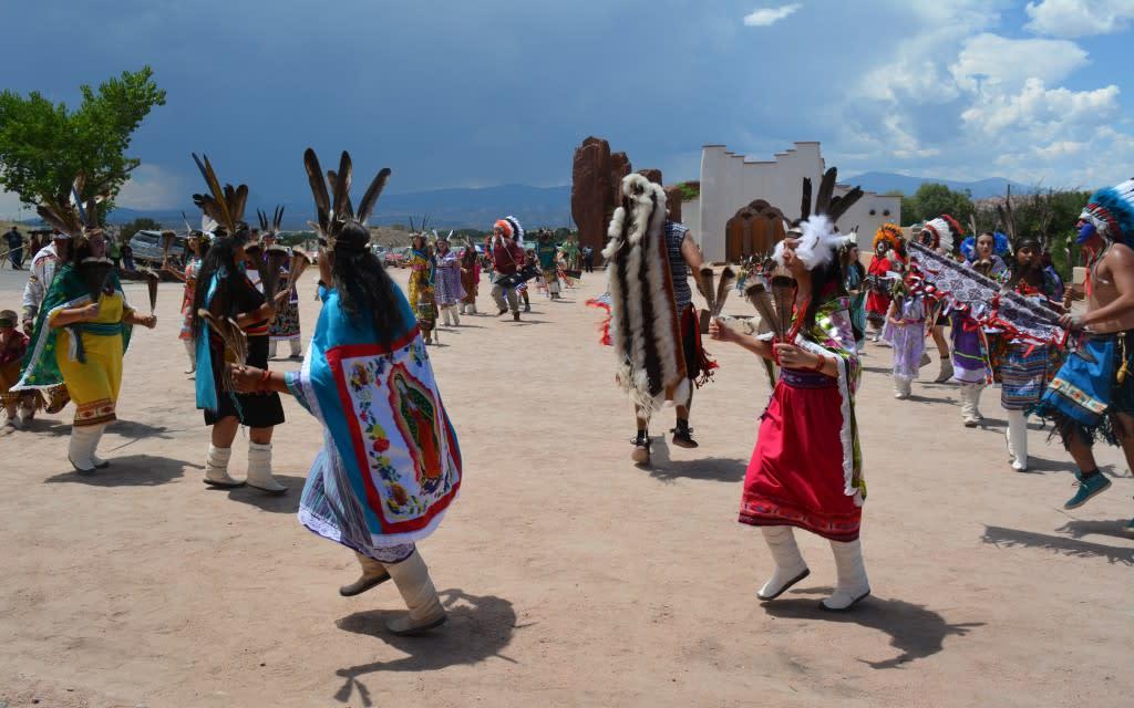 pojoque pueblo comacnhe dance