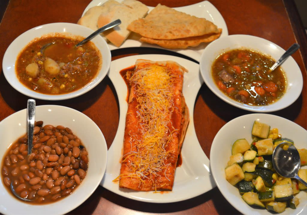 pueblo-feast-food