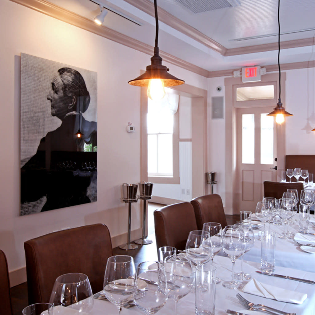 The stylish dining room is fully restored to the elegance of a Victorian mansion. (Photo courtesy of TOURISM Santa Fe)