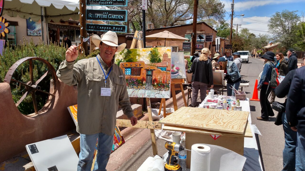Stroll the world famous Canyon Road and experience plein air painting. (Photo courtesy of TOURISM Santa Fe)