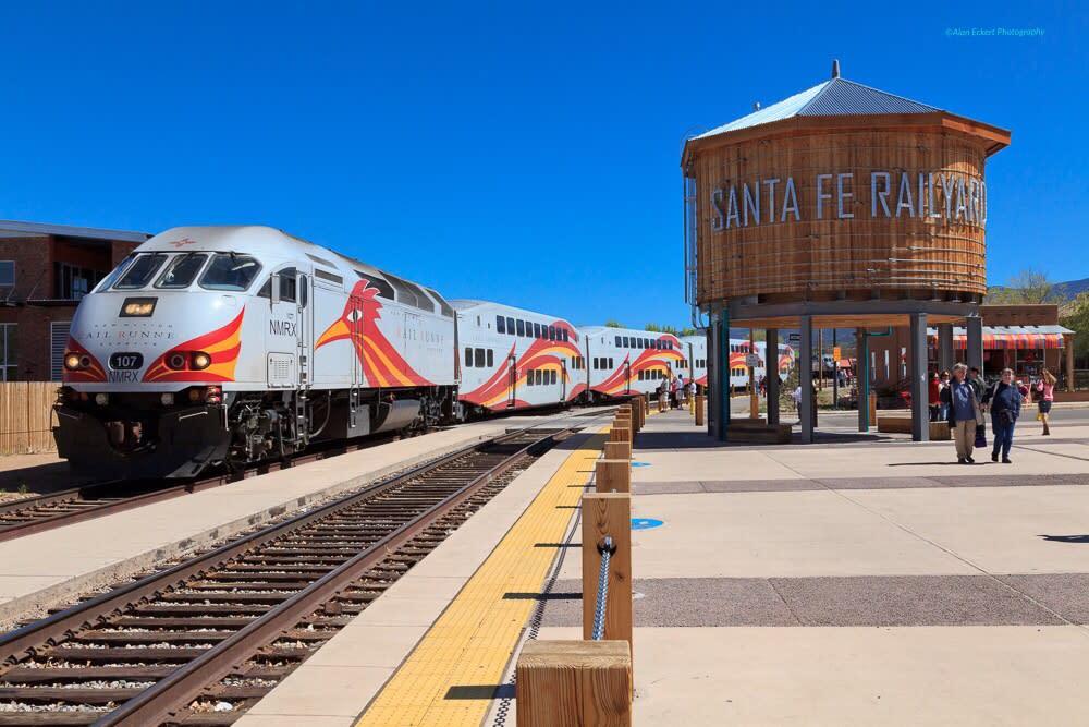 The New Mexico Rail Runner makes its final stop at the Santa Fe Railyard.