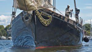 cgnews-schooner-america-20160912-002