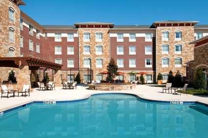 homewood_suites_pool