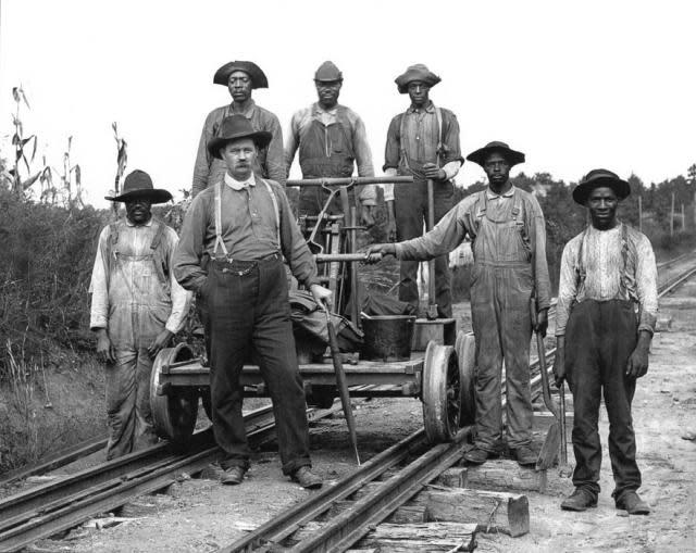 railroad_track_w640