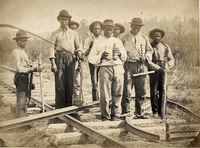 railroad_workers__2_