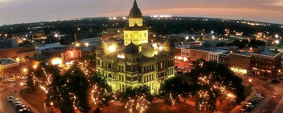 Livability.com Top 100 Places to Live Denton, Texas, courthouse-on-the-square