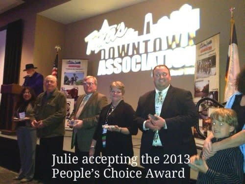 Julie Glover receiving the TDA 2013 People's Choice Award