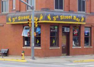top 5 Laramie sports bars