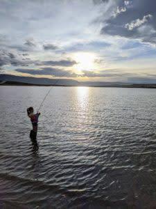 Wyoming fishing Twin Buttes Lake