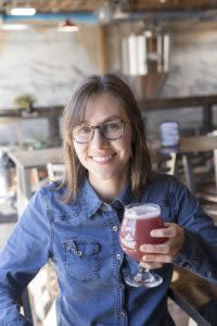 Dani Harrington Bonds Brewing Beer