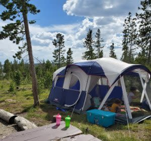 Yellowstone stops Camping near Rob Roy Reservoir