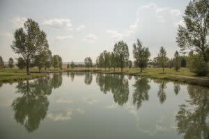 Fishing access to Huck Finn Pond at LaPrele Park