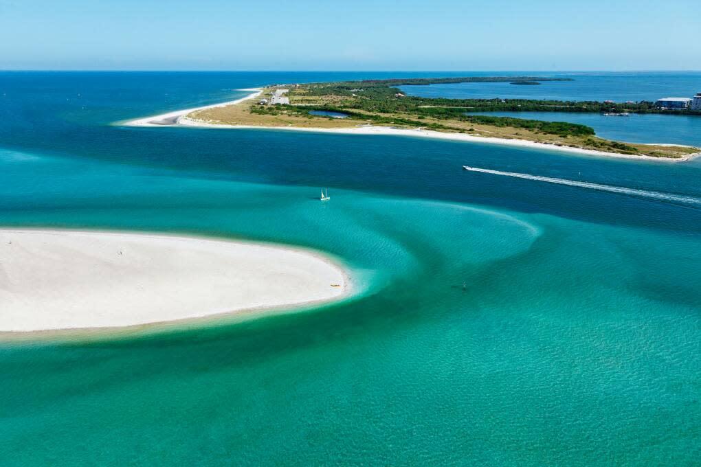 Aerial shot of the Caladesi Island and Honeymoon Island