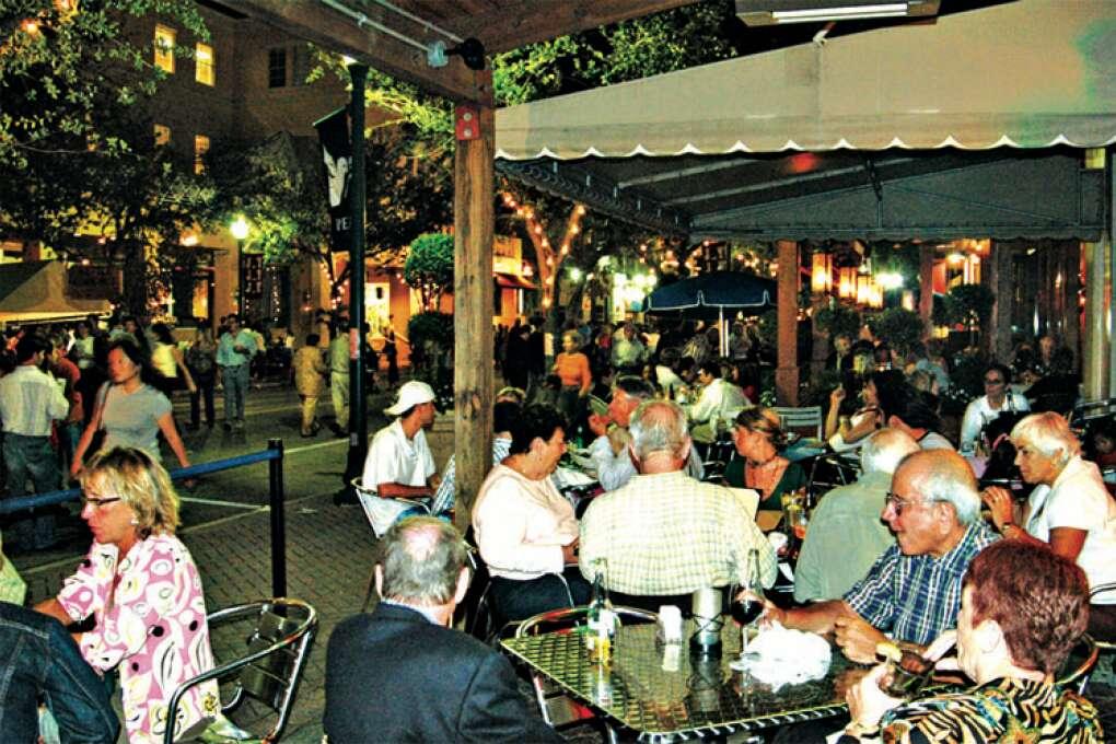 Atlantic Avenue Cafe in Palm Beach County