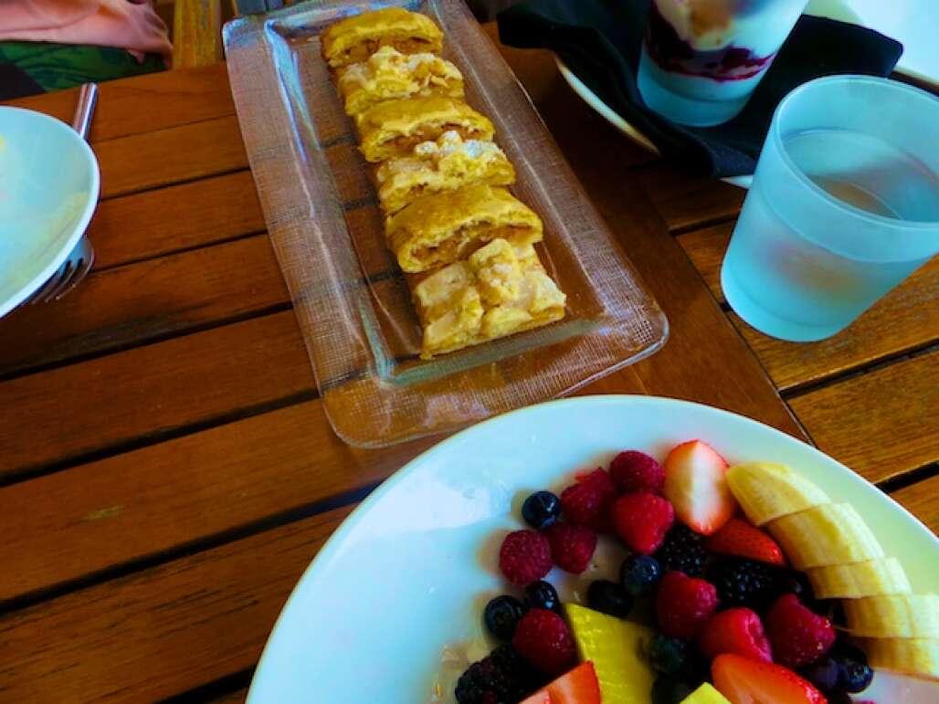 w-hotel-fort-lauderdale-breakfast-kara-franker copy